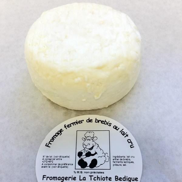 fromage frais de brebis nature au lait entier 190gr environ la tchiote bedigue. Black Bedroom Furniture Sets. Home Design Ideas