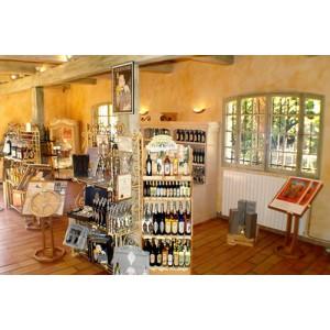 Distillerie Janot : Pastis, Pastis bleu, Gambetta, Garlaban, Sirops, apéritifs de Provence. Pastis Janot, coffrets cadeau.