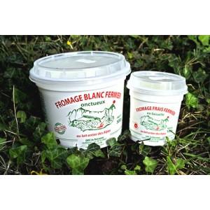Yaourts du Buissonet produits à Selonnet dans les Alpes de Haute-Provence